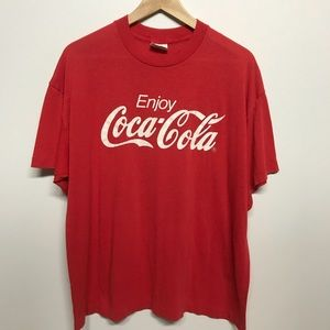 Vintage coca-cola Classic logo 90s t shirt thin